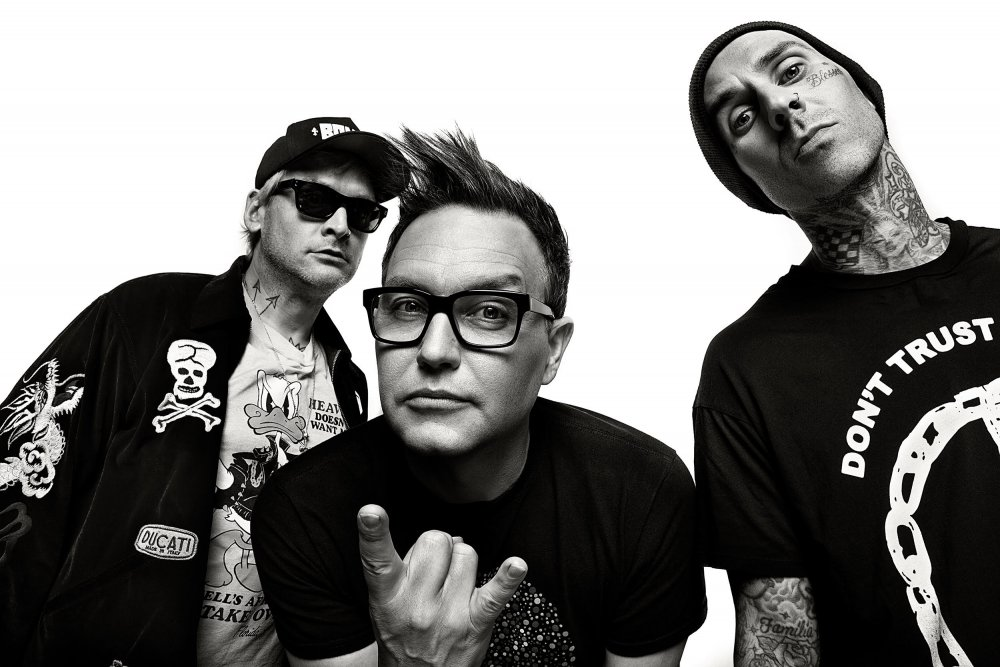 Blink-182-by-Sophie-McNeil-e1557333617749